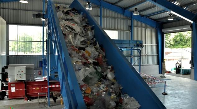 V Jeseníku spustili již třetí linku na třídění odpadů