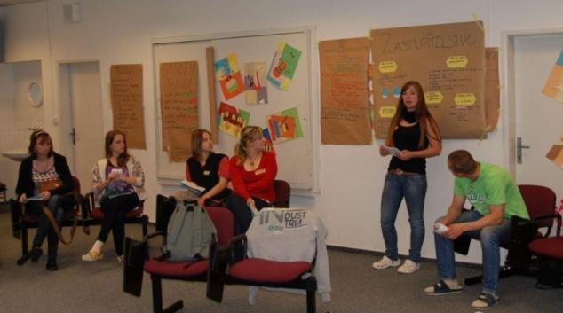 Studenti Gymnázia Šumperk se stanou na půl dne zastupiteli
