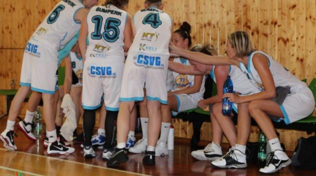 Basketbalistky z Poděbrad a Pelhřimova výhry nevezou