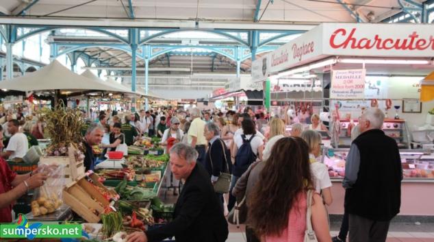 Přes 90 tisíc Čechů v loňském roce pracovalo v zahraničí