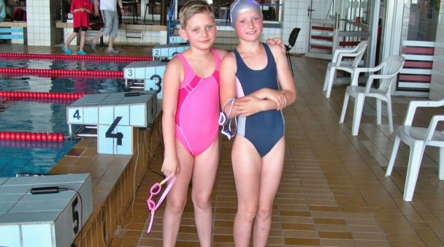 Zábřežské plavkyně Iva a Michaela uspěly v Karviné