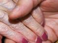Předváděčky ve znamení nekalých praktik a odírání seniorů