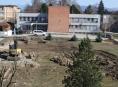Řidiči pozor při vjezdu do nemocnice v Šumperku