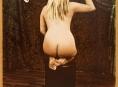 Ženské tělo ve fotografii