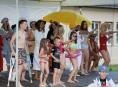 Letošní Muzejní noc v Šumperku byla ve znamení módy plavek z minulých let
