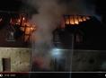 VIDEO: Noční požár zámku Plumlov zaměstnal šest jednotek hasičů