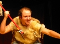 Jan Holík jako jeskynní muž se představí v Zábřehu