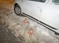Opilému řidiči se v Šumperku nedařilo vycouvat z parkovacího místa