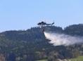 V těžce přístupném lesním terénu u Vikýřovic hořela hrabanka