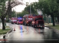 Během pěti hodin hasiči v kraji vyjeli k více než stovce událostí