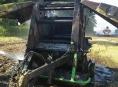 U Dolní Libiny hořel na poli balíkovač