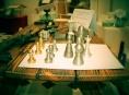 Šumperští kovoobráběči vysoustružili šachové figurky