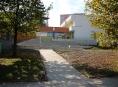 FOTO: Společenské středisko Sever má nové okolí