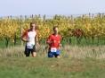 Finálová trasa běžeckého seriálu přivedla závodníky mezi vinice