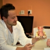 Doktor David Seidenglanz vysvětluje novou léčebnou novinku       foto: NŠ - Tereza Bulková