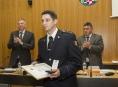 Krajští zastupitelé ocenili hasiče Romana Grosiče