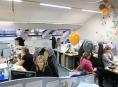 Do zábřežského call centra lidé volají, aby popřáli i hezké svátky