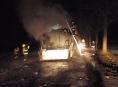 Na Šumpersku zcela shořel autobus na plynový pohon