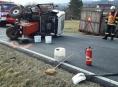 Na Jesenicku došlo k dopravní nehodě přívěsu, který převážel mladé býčky