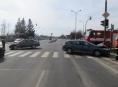 Řidič na křižovatce v Šumperku zřejmě přehlédl vozidlo