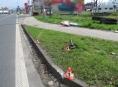 """Přívěsný vozík se vyhákl a """"vydal"""" v Šumperku vlastní cestou"""