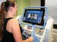 Nový rehabilitační přístroj v šumperské nemocnici simuluje antigravitační prostředí