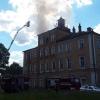 Na Šumpersku hořel bývalý zámeček     zdroj foto: HZS OLK