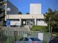 Zloděj kradl na parkovišti u šumperského krematoria