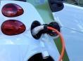 ČOI začala kontrolovat dobíjecí stanice pro elektromobily