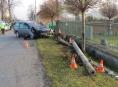 Opilý motorista havaroval u hřbitova ve Skorošicích