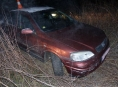 Pronásledovaný řidič naboural policejní vozidlo