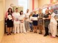 Nadace Křižovatka předala darem třicet monitorů dechu do FN Olomouc