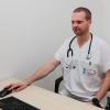 Nový praktický lékař Jaroslav Radík je sice mladý, ale zkušenosti má na rozdávání. Zejména díky svému působení v zahraničních misích v Afghánistánu     foto: NŠ - M. Jeřábek