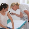 Díky Evropskému dni melanomu mohou zájemci zavítat do kožní ambulance ve čtvrtek 13. května kdykoliv od 9.00 do 13.00 hodin. foto: archiv Nemocnice Šumperk