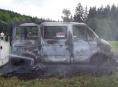 AKTUALIZOVÁNO! Doutnající dodávku ochlazovali šumperští hasiči