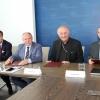 Hejtman podepsal memorandum o vzniku nové školy pro zdravotní sestry     zdroj foto: OLK