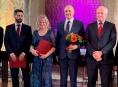 Profesor Jiří Gallo z Ortopedické kliniky a jeho tým získali cenu ministra zdravotnictví