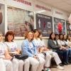 Zaměstnanci Porodnicko-gynekoligické kliniky dorazili ke skupinovému odběru