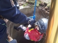Hasiči-lezci zachránili v Šumperku dítě