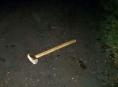 Opilý muž v Šumperku nebezpečně vyhrožoval