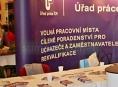 Olomoucký kraj evidoval ke konci května téměř devět tisíc volných pracovních míst