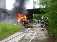 Požár staré cisteny na převoz topného oleje v Šumperku