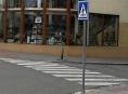 Muž v Zábřehu chůzi po přechodu nahradil kotouly