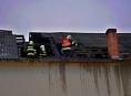V Janoslavicích hořela střecha domu