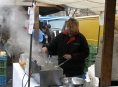 FOTO: Jaký byl první den Farmářských trhů 2013 v Šumperku