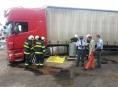 V Olomouci vyteklo z kamionu 800 litrů nafty