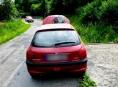 Řidiči se hořící Peugeot podařilo uhasit
