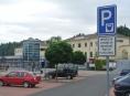 Před nádražím v Zábřehu mají zákazníci RegioJet parkovací místa