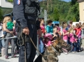 Závěr policejního cvičení v Jeseníku patřil dětem