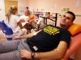 Fakultní nemocnice Olomouc přivítala desetitisícího dárce krve v roce 2013